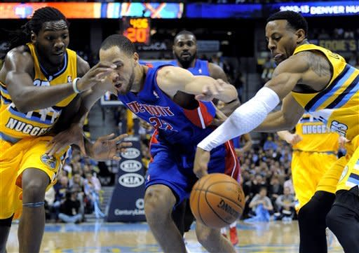 Iguodala lifts Nuggets to 109-97 win over Pistons