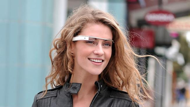 Woman in California stands trial for wearing Google Glass while driving