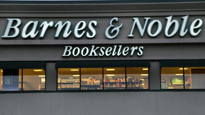 Barnes & Noble reports net income for 2Q