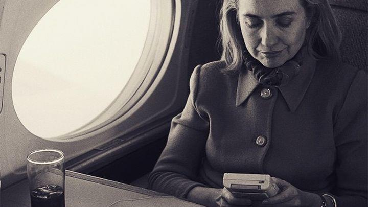 Clinton Library releases photo of Hillary Clinton playing a Game Boy