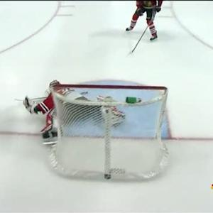 Antti Raanta robs Schenn on the breakaway