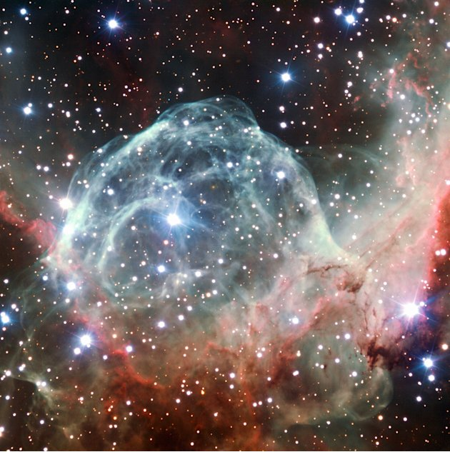 La imagen de la Nebulosa del Casco de Thor obtenida por el VLT fue tomada con motivo de la celebracin del 50 aniversario de ESO, el 5 de octubre de 2012, con la ayuda de Brigitte Bailleul  ganadora 