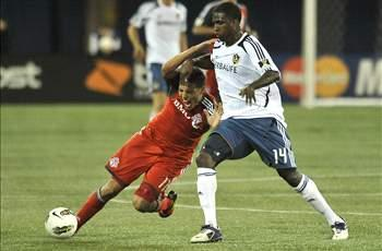 Galaxy deal Buddle to Colorado for money, draft pick