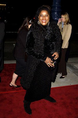 Premiere: Loretta Devine at the Beverly Hills premiere of I Am Sam - 12/3/2001