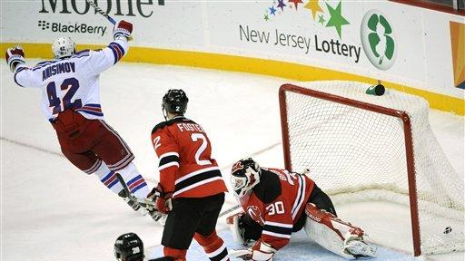 Gaborik scores 2 goals, lifts Rangers over Devils