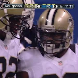 New Orleans Saints running back Mark Ingram runs right for 17 yards