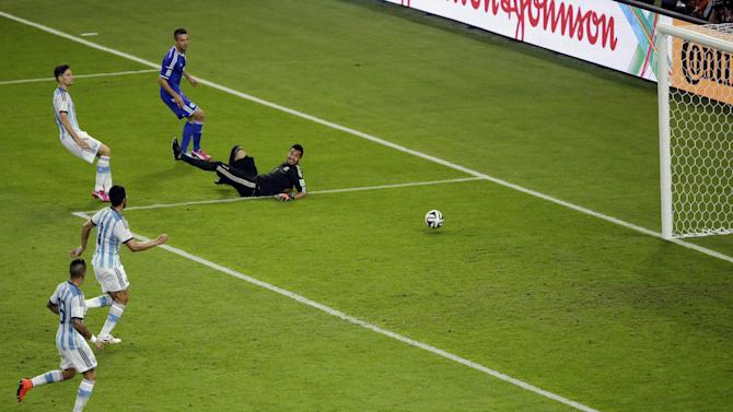 Column: Bosnia writes new story at World Cup