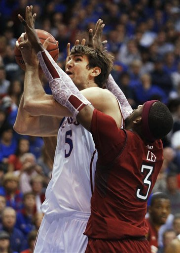 Is there really such a thing as a 'good loss' or: Temple loses at Kansas, 69-62