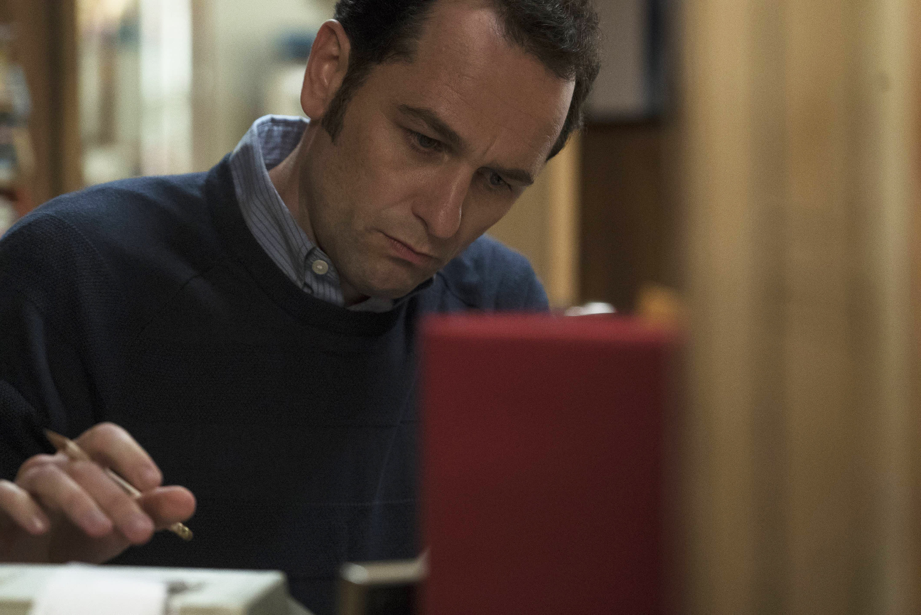 'The Americans' Star Matthew Rhys: 'I'd Love Philip to Defect'