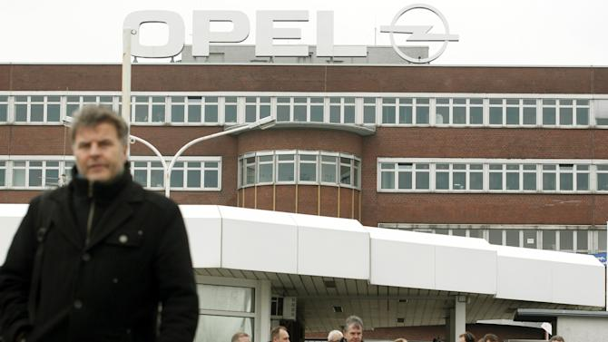 GM's Opel, employees seal deal on German plant