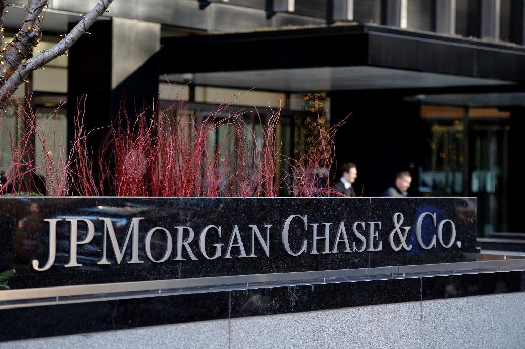 JPMorgan earnings lifted by tax benefits