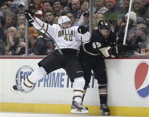 Getzlaf, Selanne lead Ducks past Stars again, 5-2