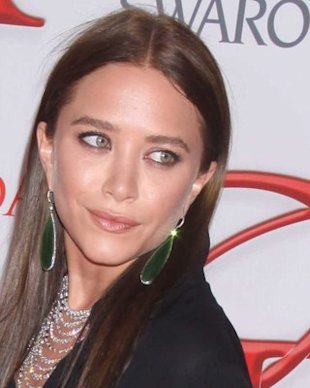 Hair Alert: Mary-Kate Olsen Goes Brunette