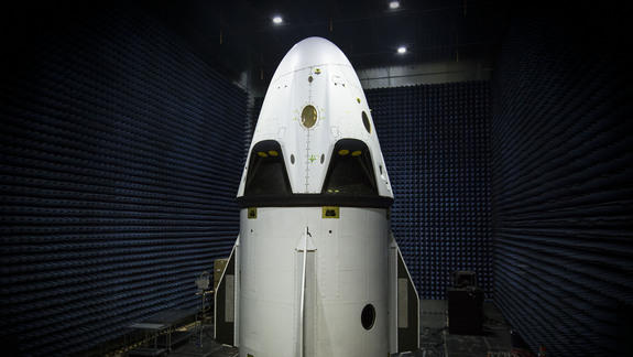 SpaceX's Dragon Crew Capsule to Get 1st Big Test This Week