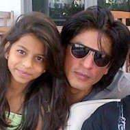 Shah Rukh Khan Helps Out Daughter Suhana With Play Lines