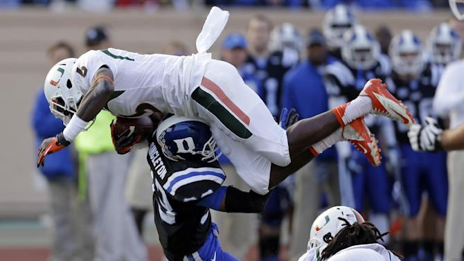 Connette, Duke upset No. 24 Miami, 48-30