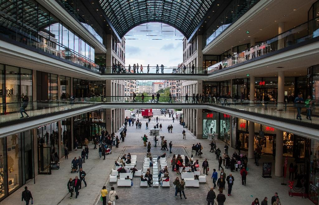 German consumer confidence hits 13-year high
