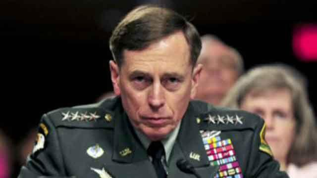 Petraeus agrees to testify before House, Senate