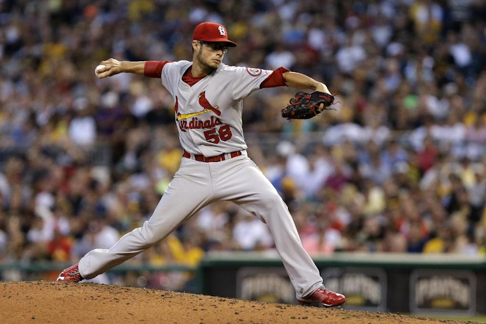 Cardinals avert 5-game sweep, trounce Pirates 13-0