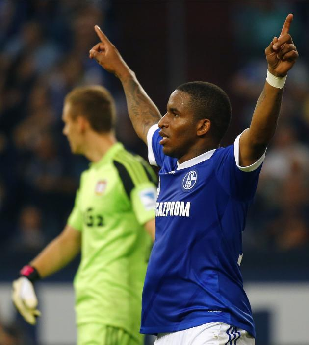 Farfan of Schalke 04 celebrates scoring against Bayer Leverkusen during their German first division Bundesliga soccer match in Gelsenkirchen