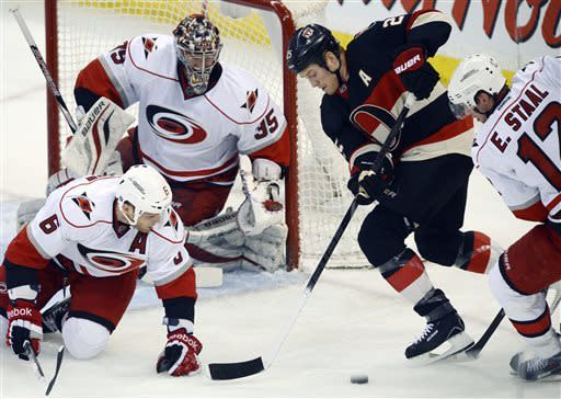 Anderson has 32 saves as Senators beat Hurricanes