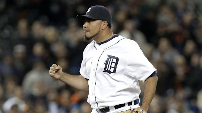 Rick Porcello sharp, Tigers beat Mariners 4-2