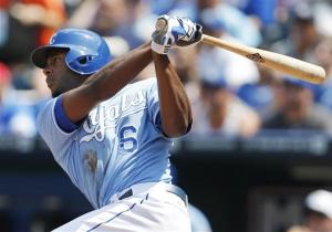 Royals rally for wild 10-7 victory over Indians