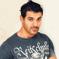 John Abraham Finds A Fan In Steven Spielberg!