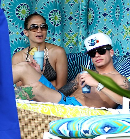 Bikini-Clad Jennifer Lopez Lounges with Shirtless Casper Smart in Hawaii