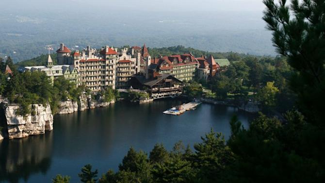 Norovirus Shuts Down Historic New York State Resort