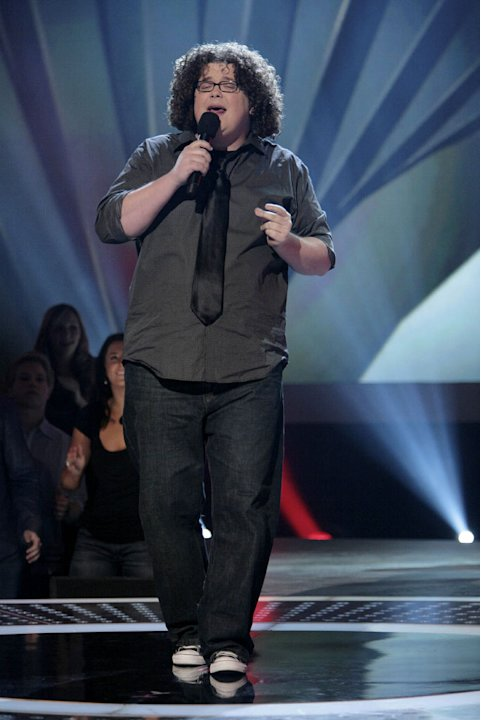 Chris Sligh performs in front of the judges on 6th season of American Idol.