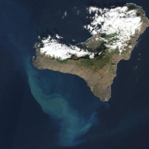 Lava Bomb Fossils Hold Clues to Islands' Fiery Origin
