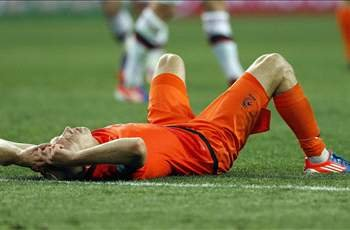 We are evaluating what went wrong at Euro 2012, says head of Dutch football