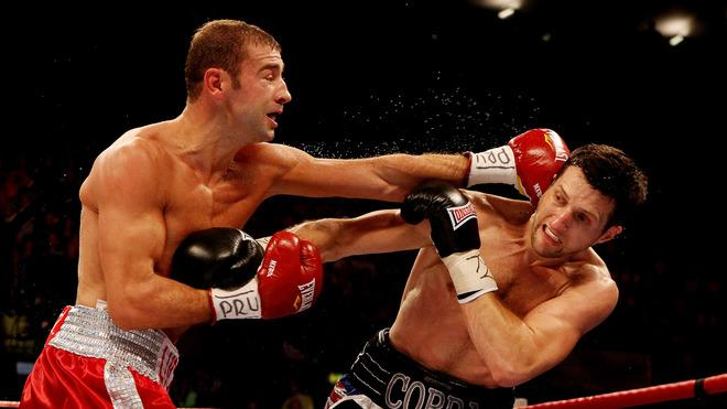 Carl Froch (R) In Action With Lucian Bute  Getty Images