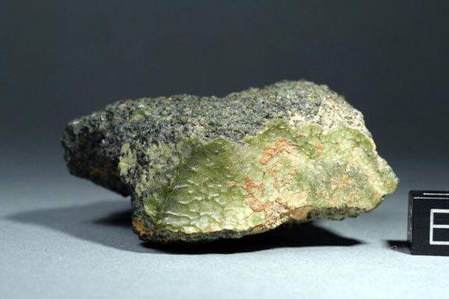 This green meteorite that landed in Morocco in 2012 could be from Mercury. (Photo By Stefan Ralew/sr-meteorites.de)
