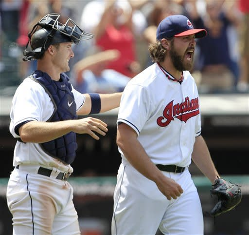 Indians sweep with 2-1 win over Verlander, Tigers
