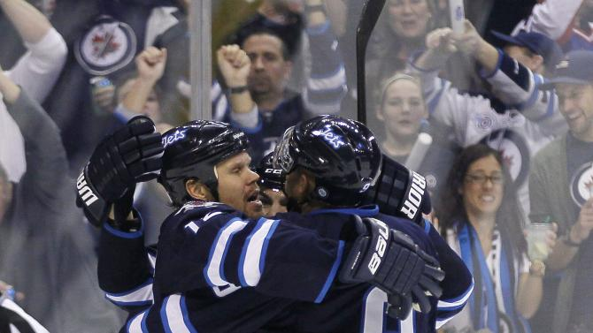 Jets topple Kings 5-3