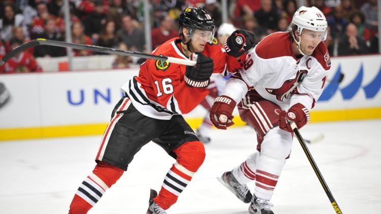 NHL: Phoenix Coyotes at Chicago Blackhawks