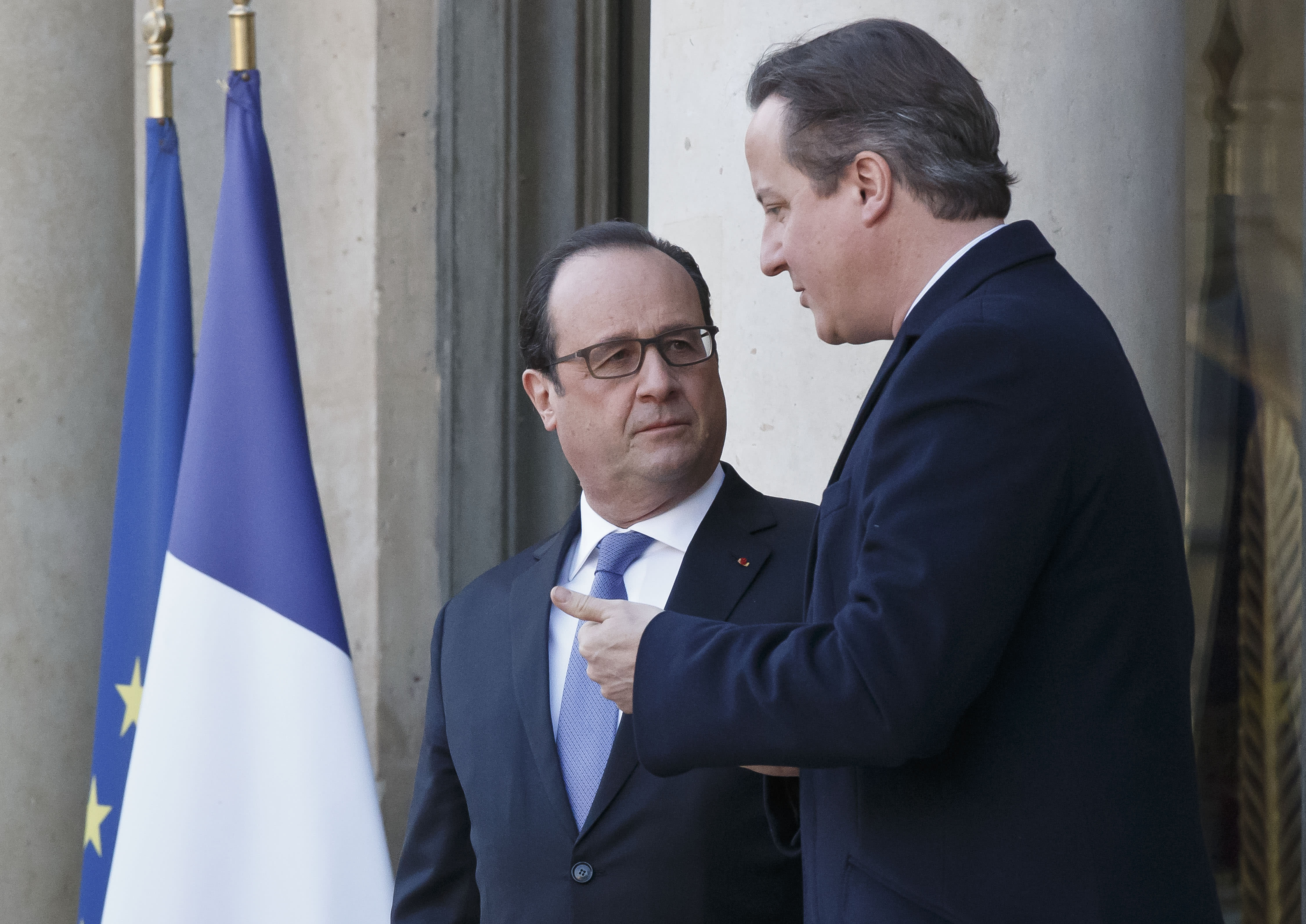 Cameron pledges to outline strategy against IS this week