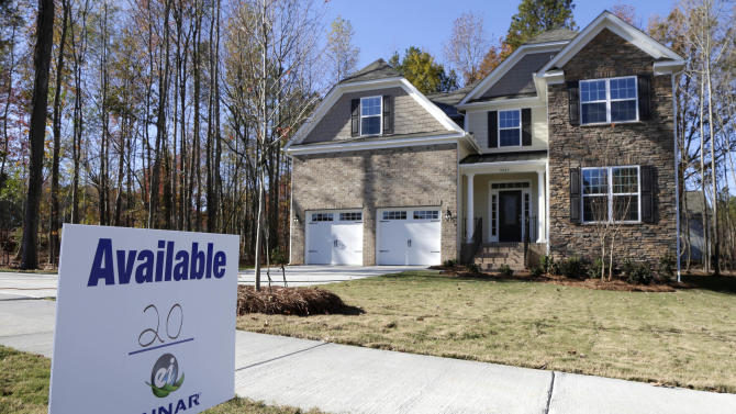 Contracts to buy US homes fall for 5th month