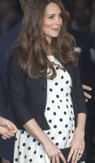 Kate Middleton Sparks Another New Fashion Trend With Love Of Clutch Bags