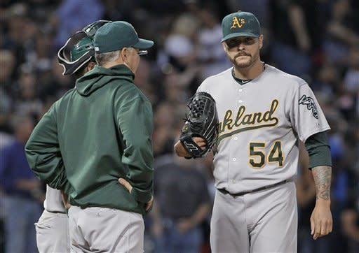 A's rally past White Sox