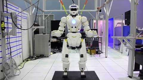 Video: NASA gives preview of its Valkyrie robot