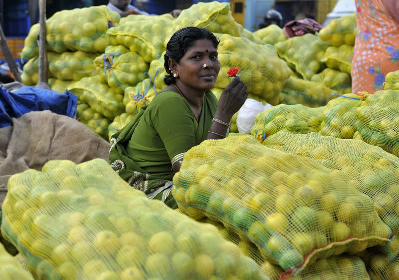 Factbox: India introduces inflation target in key policy overhaul