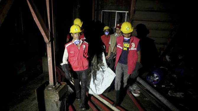 Bangladesh garment factory fire kills 10 people