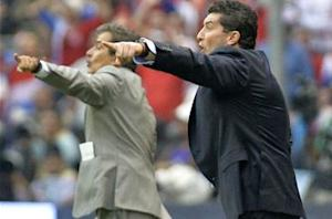 Chepo de la Torre hanging by a thread as Mexico boss