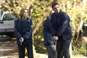 Diane Lane and Billy Burke in Screen Gems' Untraceable
