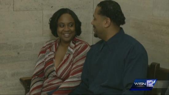 Couples tie knot at Milwaukee County Courthouse on Valentine's Day