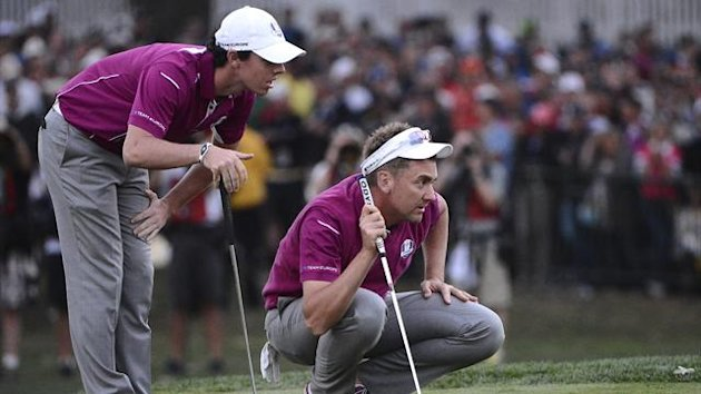 Rory McIlroy (l), Ian Poulter, Team Europe - Ryder Cup 2012