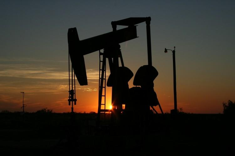 What's Going On With These Energy Stocks?